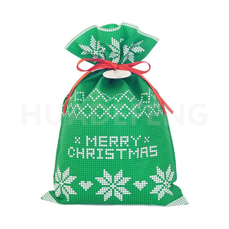 Green Non Woven Fabric Christmas Gift Bag With Plaid Patterns